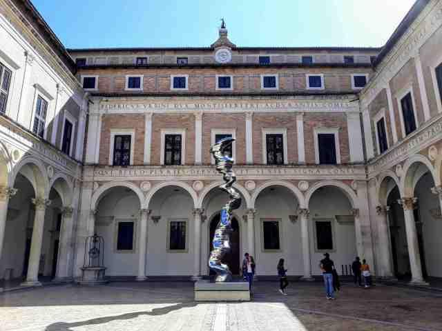 Il Palazzo Ducale e la Galleria Nazionale delle Marche